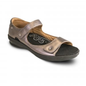 revere madrid sandal. comes with arch support and removable insole.